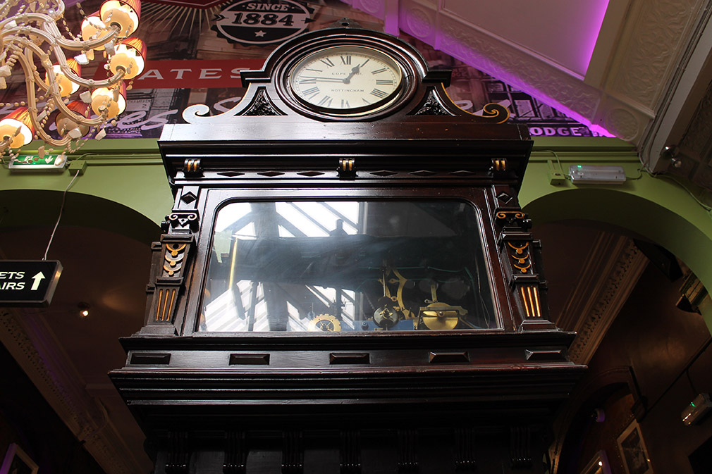 Large grandfather clock manufactured in the Holden Street Works, now in Yates's Wine Lodge (photo by Richard Henley).